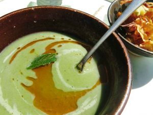 Lettuce Pea and Mint Soup
